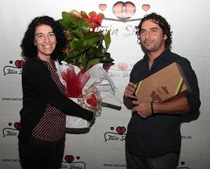 Afortunados con sus premios en la Fiesta Amor Revival