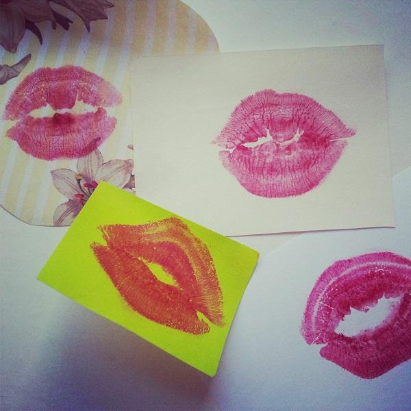 Besos en papel para regalar