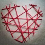 El corazón en poceso manualidad romántica corazón de hilos