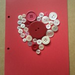 Manualidades de amor: botones colocados