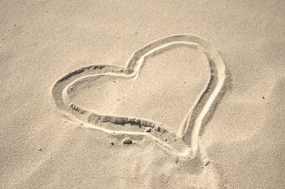 Corazón en arena