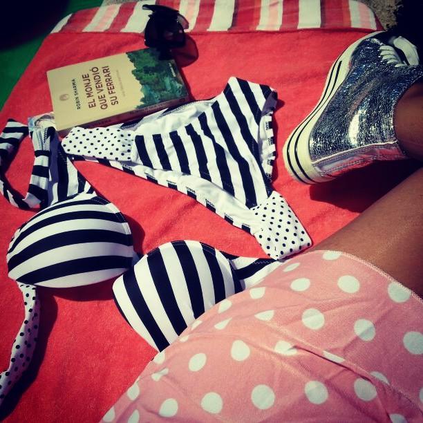 Look mujer para cita en la playa/piscina Motufashion