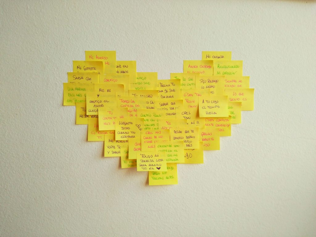 Manualidad Corazón de post-it