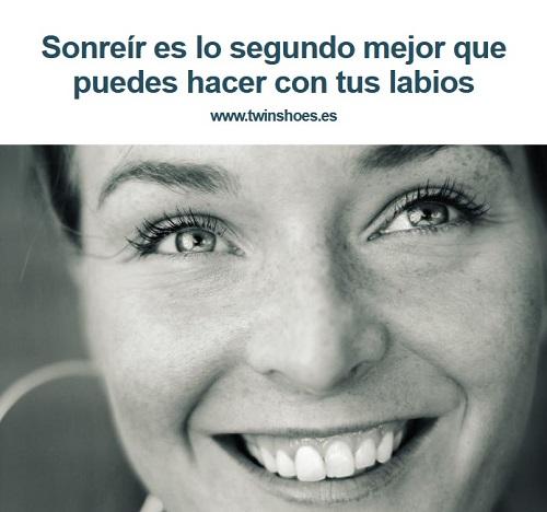 Sonreír es lo segundo mejor que puedes hacer con tus labios