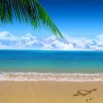 Fondo de pantalla de amor: corazón en playa paradisíaca